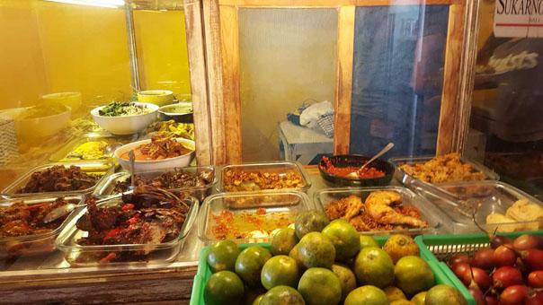 Warung Ronggeng Meilleur Restaurant Indonésien Legian Seminyak Pas Cher (7)