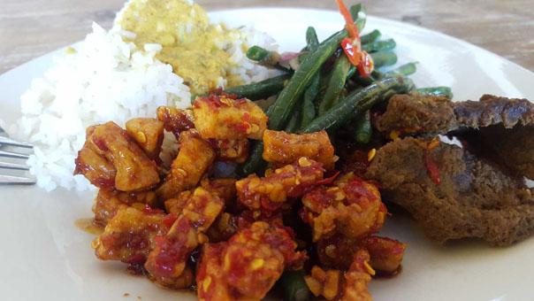 Warung Ronggeng Meilleur Restaurant Indonésien Legian Seminyak Pas Cher (8)