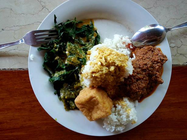 1_Plats indonesiens a deguster absolument a Bali_Rendang Padang (2)