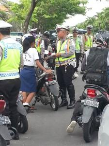 Permis international pour conduire louer un scooter à Balii
