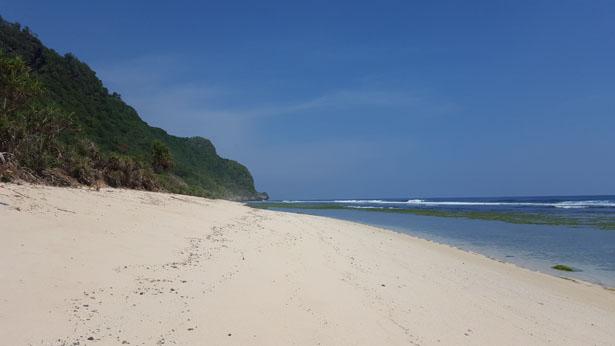 la plage cachée de Nyang Nyang a Pecatu Ulu Watu Plus belles plages Bali (6)