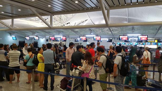 Aeroport Bali Denpasar Terminal International blog bali (39)