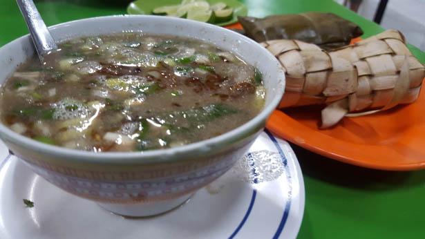 Coto Makassar Cuisine de Sulawesi à Bali (8)
