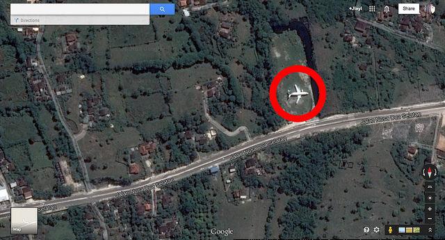 Decouvrez l'avion abandonne d'Ungasan sur le Bukit 1