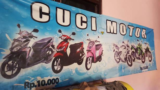 Decouvrez le Cuci Motor Station de lavage de Scooter a Bali (2)