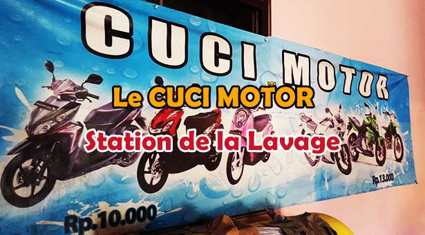 Le-Cuci-Motor-Station-de-lavage-Indonesienne-de-Scooter