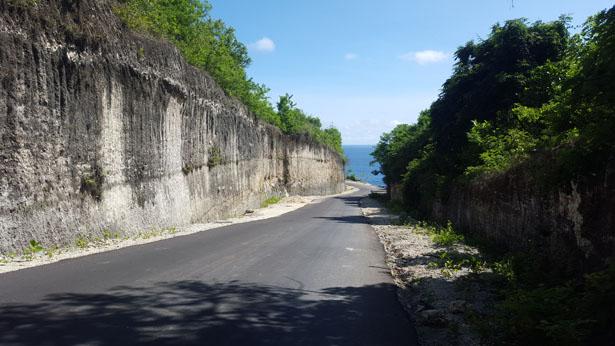 Les falaises de Melasti - Plage Melasti Peninsule Bukit Bali (4)
