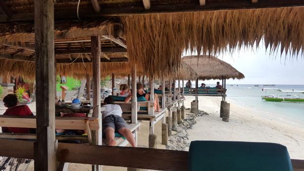 Coral Beach Pizza Gili Trawangan Blog Bali (8)