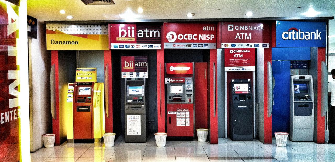 3-arnaques-aux-cartes-bancaires